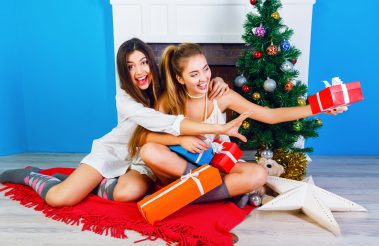 A List Of The Most Popular Christmas Gifts Teen Girls Will Love!