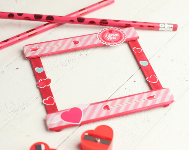 Valentine popsicle stick craft