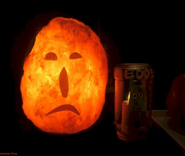 DIY indoor Halloween decorations