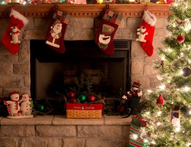 mantle Christmas stocking holders