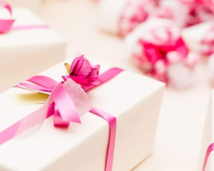 special wedding gift ideas