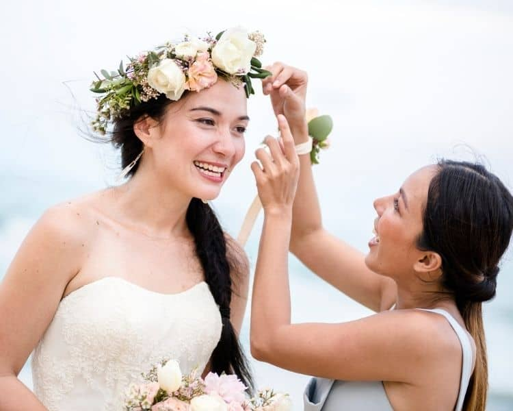 What to get your maid of honor as a gift